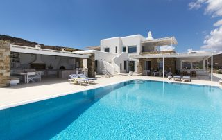 villas in greece with private pool